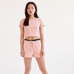 Charlotte Russe Peach/Light Pink Cropped Tee
